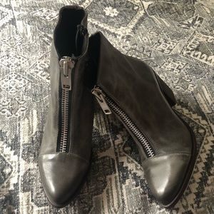 New FREEBIRD by Steven Stone Booties Size 6 Clair
